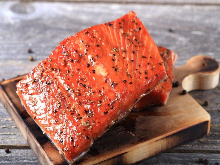 Honey Smoked Sockeye Salmon Portions l